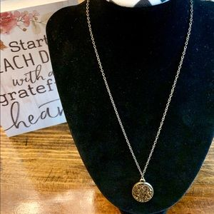 Paparazzi Bronze Necklace w/Sparkly Oval Pendant